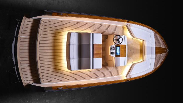 Hinckley propune primul yacht de lux full-electric