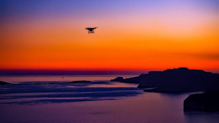 Ce dronă ne trebuie pentru a filma pe yacht?